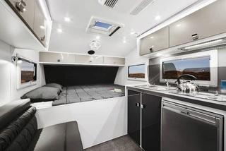 """Beau produit """"off road"""" Australien : La Off Grid de Lotus Caravans Lotus-12"""