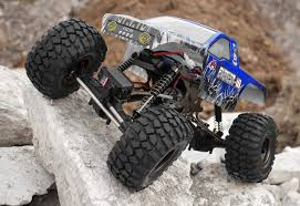 Fabrication d'un scale 1/16 ou 1/18 chassis tubulaire totalement fait maison à base de pièces de HSP Kulak ou Losi Redcat10
