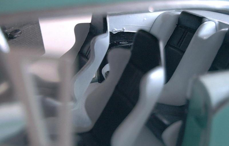 Ford Fairlane von AMT 1/25 & Hemi Cuda Ford_f12