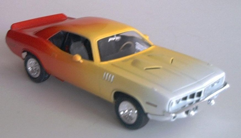 Ford Fairlane von AMT 1/25 & Hemi Cuda Hemi_c10