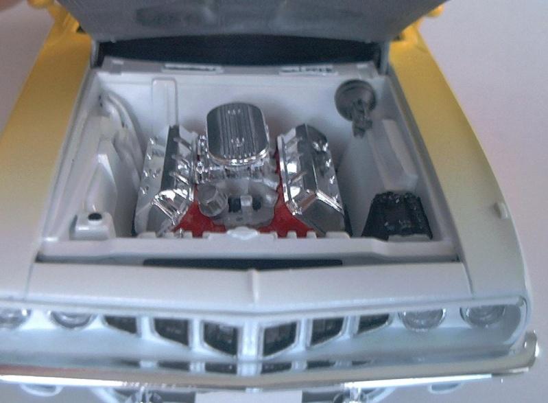 Ford Fairlane von AMT 1/25 & Hemi Cuda Hemi_m10