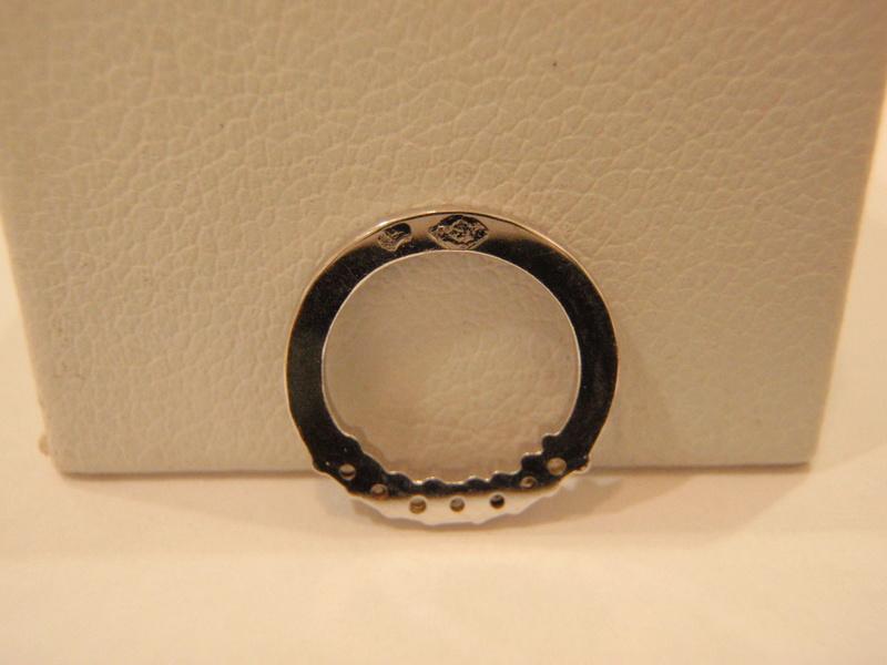 Pendentif or blanc 18 carats diamants P8090012