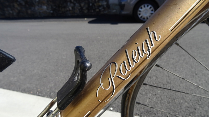Raleigh Sirocco 1980 GOLD Carlton Cycles Dsc08922