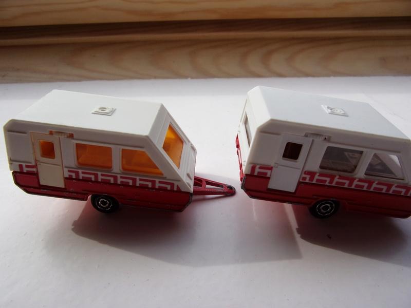 N°325 ..... avec Caravane (juste la caravane) 100_2213