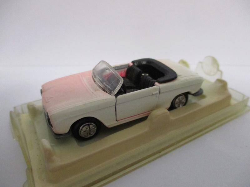 N°230 Peugeot 204 cabriolet - Page 2 204_0013
