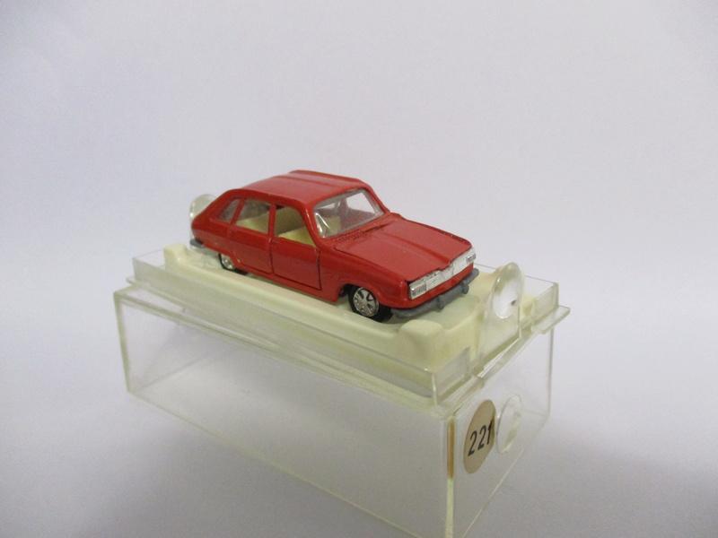 N°221 Renault 16 - Page 2 R16_0010
