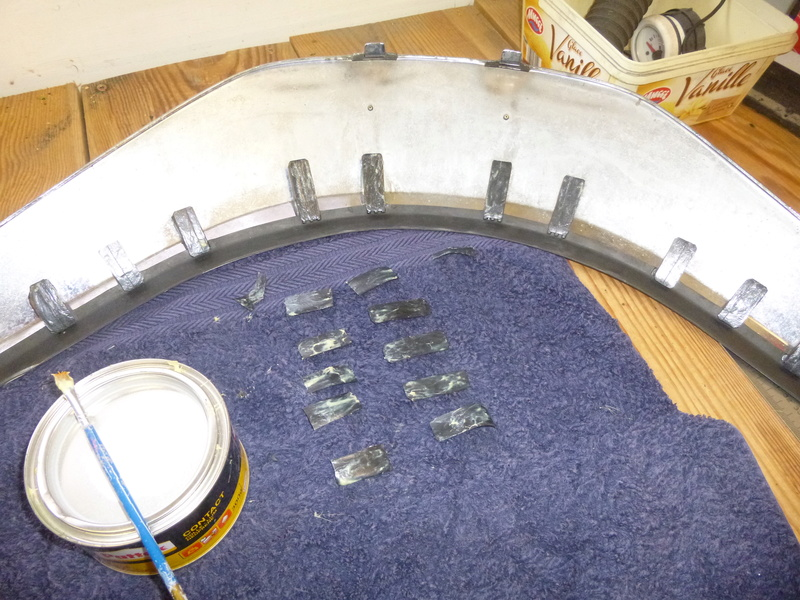 [Tuto]Réfection du verrouillage pare-brise d'une 1500 en position haute. P1010314