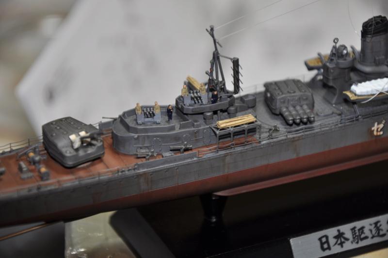 Destroyer Yukikaze Tamiya 1/350 + photodécoupe Aber. - Page 4 Dsc_0061