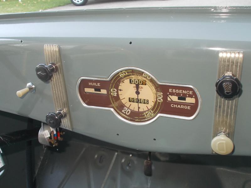 Mon montage à l'echelle 1 ,  Renault Juvaquatre 1954 - Page 3 Cables10
