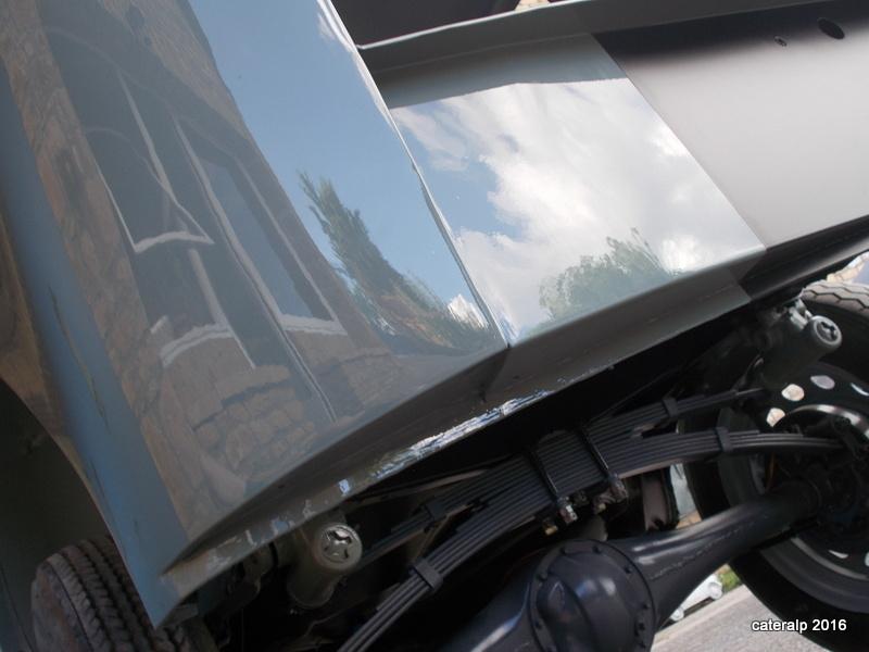 Mon montage à l'echelle 1 ,  Renault Juvaquatre 1954 - Page 2 Retour19
