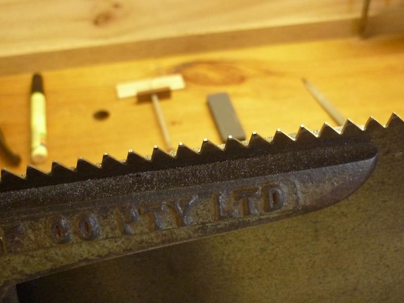 Méthode d'affutage des scies à main P1060920