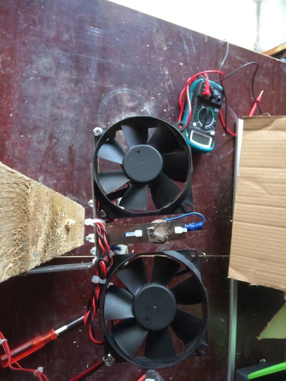Ventillation moteur du frigo Img_4617