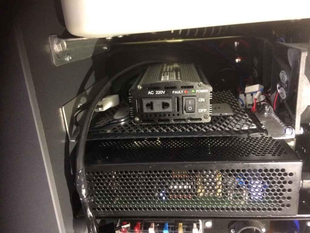 Ventillation moteur du frigo Img_4913