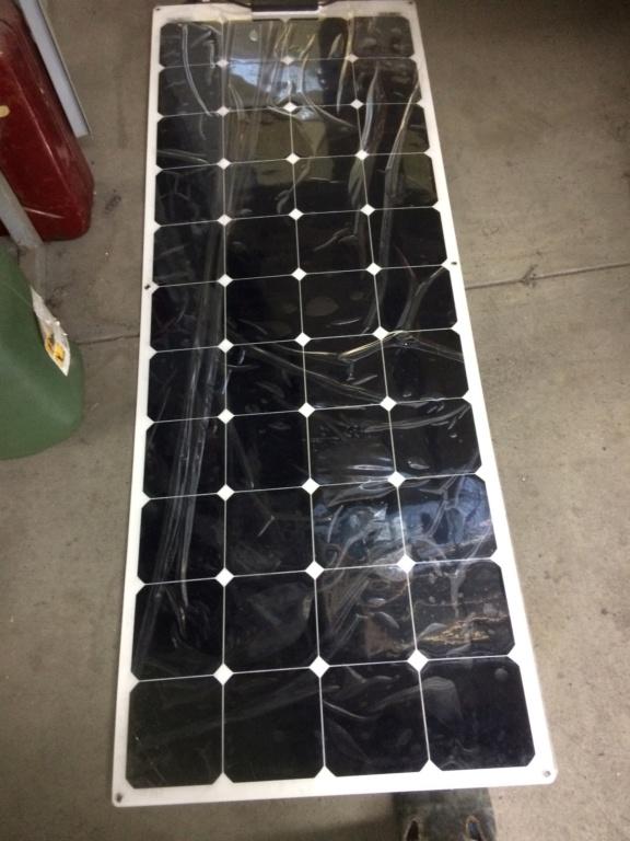 Panneau solaire semi mobile Img_4927