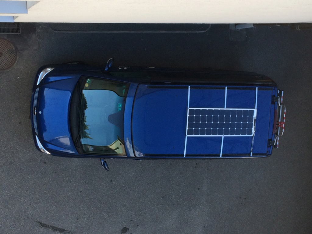 Panneau solaire semi mobile Img_4937