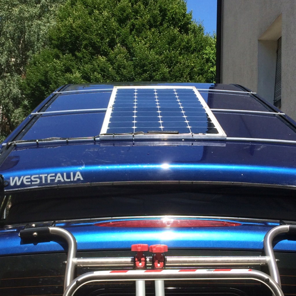 Panneau solaire semi mobile Img_5016
