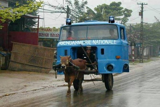 HUMOUR - Gendarmerie Nationale ! La crise !!!... Gendar10