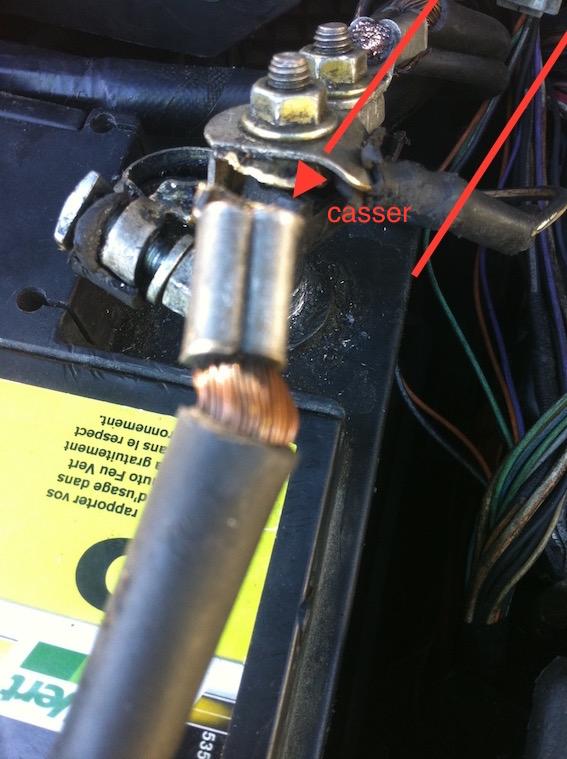 aide pour reparation du cable de la batterie negatif casser Img_3011