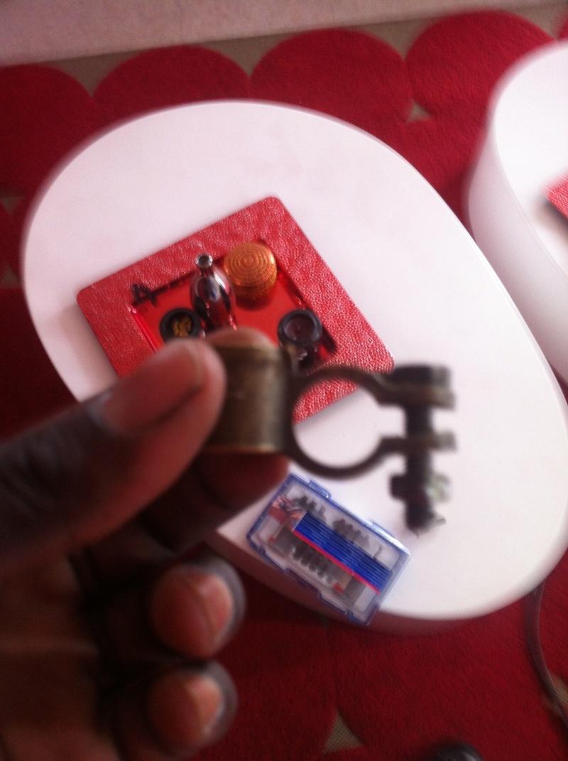 aide pour reparation du cable de la batterie negatif casser Img_3110