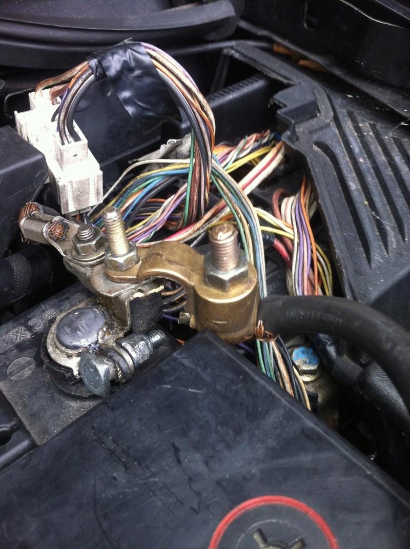 aide pour reparation du cable de la batterie negatif casser Img_3113