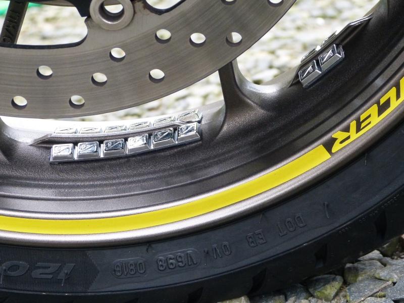 Question pneus équilibrage avec plomb - Page 2 P1030610