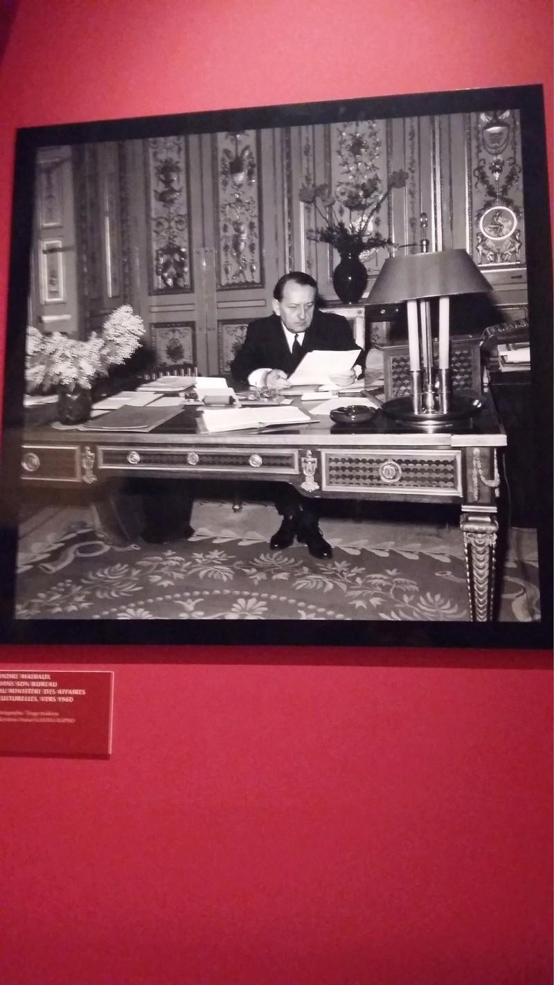 Un président chez le roi - De Gaulle à Trianon - Page 2 20160744