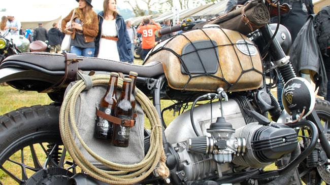 PHOTOS - BMW - Bobber, Cafe Racer et autres... - Page 4 Wheels10