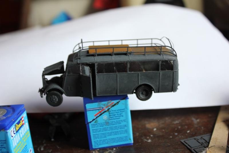 [roden] Opel Blitz Omnibus 3-6-47   1/72 Thumb_59