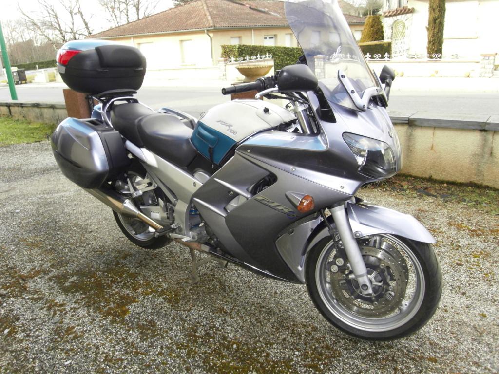 vos motos avant la FJR? - Page 2 Fjr_2011