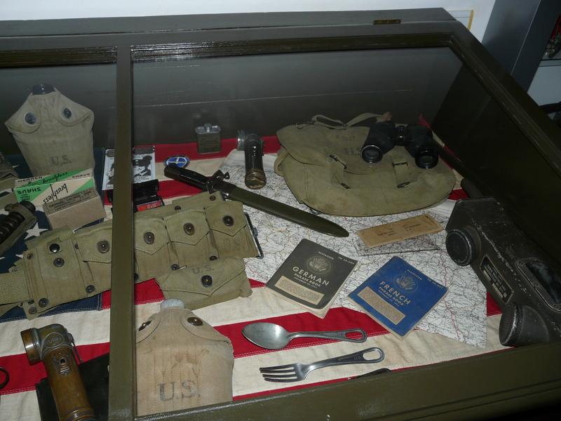 US WW2, casque+mannequin  P1150411