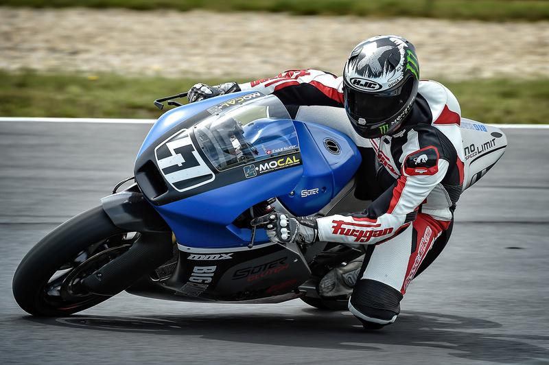 Yamaha MT-09 ASD Racing - Page 3 Partie10