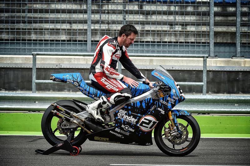 Yamaha MT-09 ASD Racing - Page 3 Partie11
