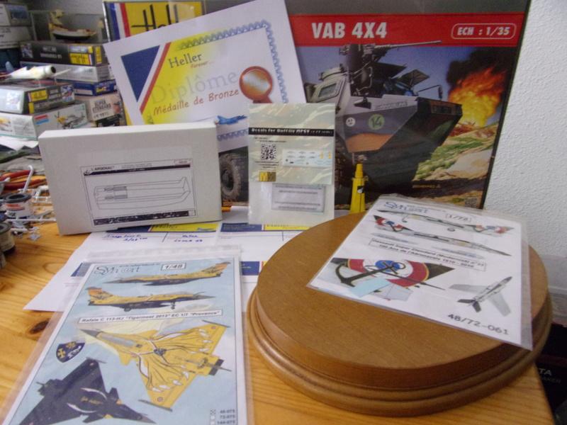 DASSAULT MIRAGE 2000 C 1/48ème Réf 80426  - Page 4 102_2358