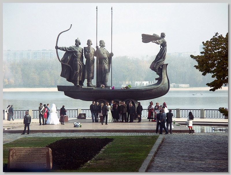 Petite histoire de la joint-venture Dniepr-Vostok Navodn10