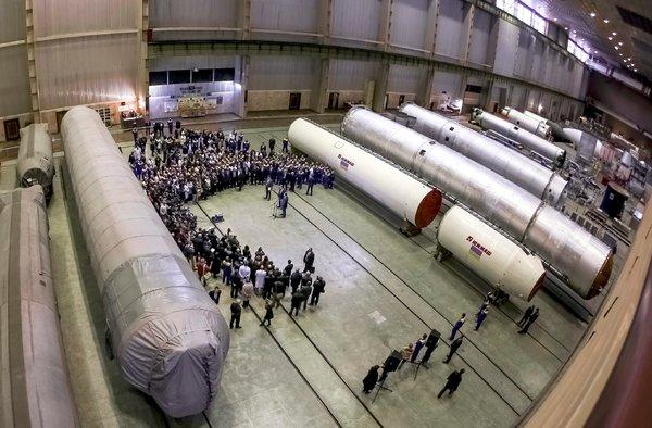 Petite histoire de la joint-venture Dniepr-Vostok Yuz210