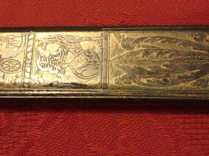 curieux sabre de KLINGENTHAL lame en damas P5250640