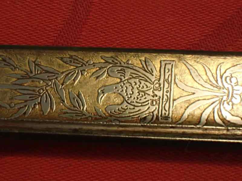 curieux sabre de KLINGENTHAL lame en damas P5250641