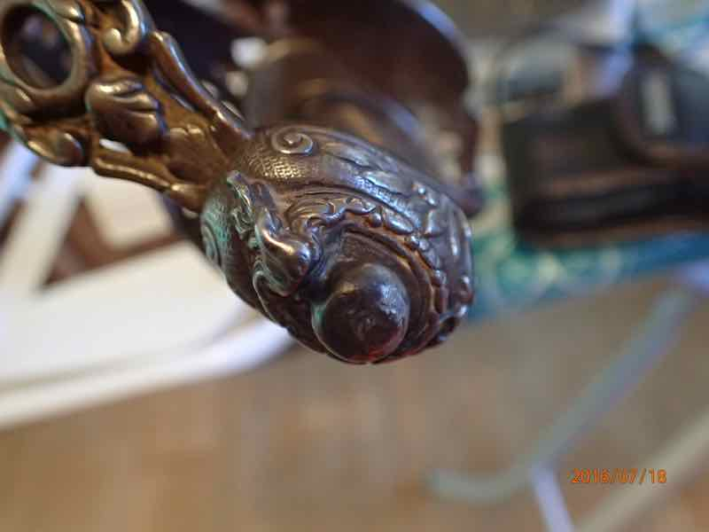 curieux sabre de KLINGENTHAL lame en damas P7180232