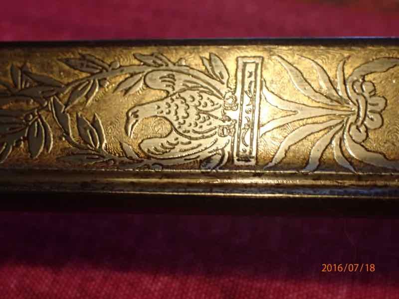 curieux sabre de KLINGENTHAL lame en damas P7180235