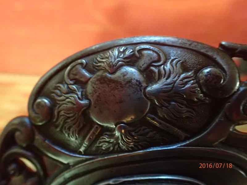 curieux sabre de KLINGENTHAL lame en damas P7180249