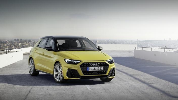 FIA va adorer les nouveaux logos de puissance de la new Audi A1..... S1-pre11