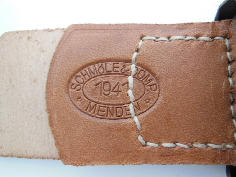SCHOMLE &COMP BUCKLE 1941 Dscn9733