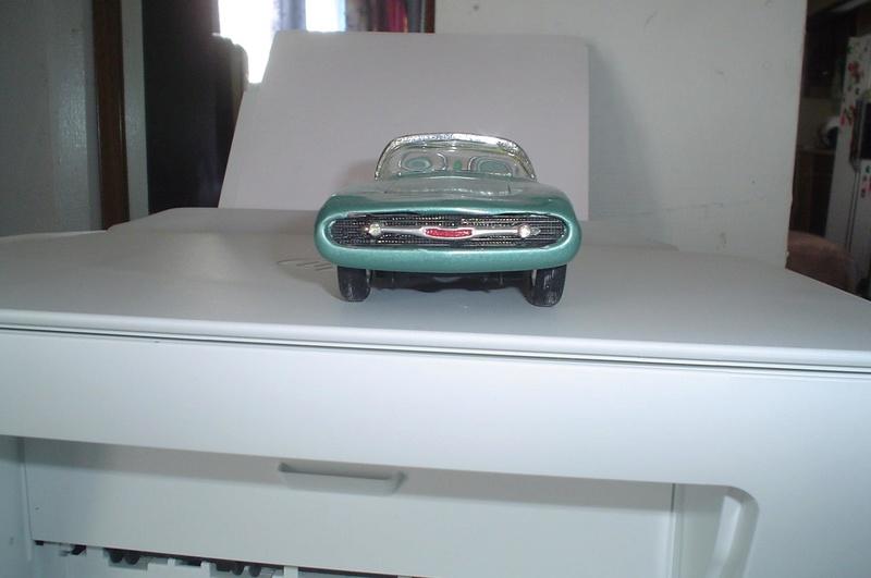 Vintage built automobile model kit survivor - Hot rod et Custom car maquettes montées anciennes - Page 5 10338610