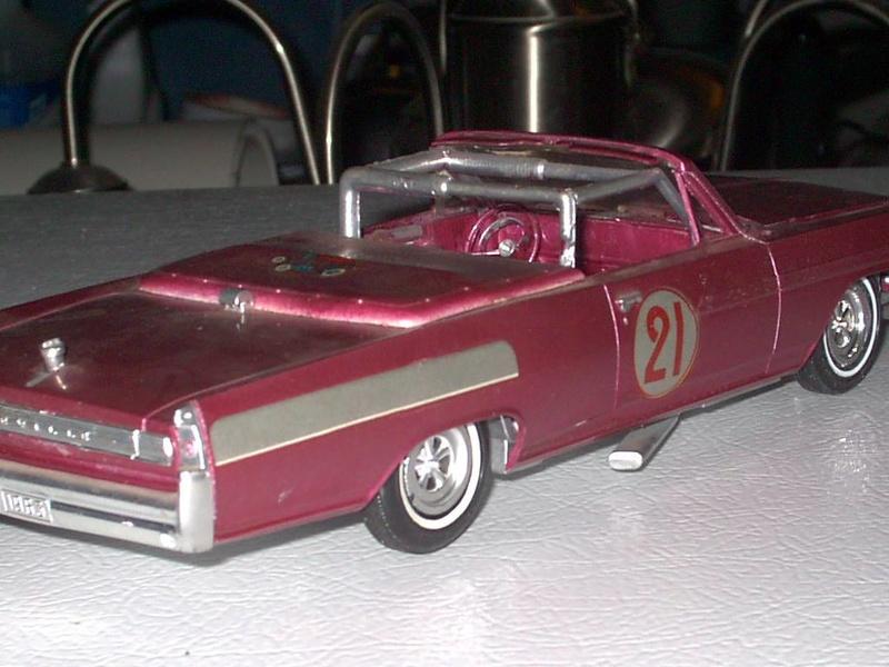 Vintage built automobile model kit survivor - Hot rod et Custom car maquettes montées anciennes - Page 5 12362811