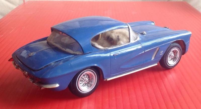 Vintage built automobile model kit survivor - Hot rod et Custom car maquettes montées anciennes - Page 6 12417910