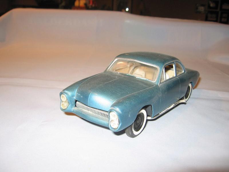 Vintage built automobile model kit survivor - Hot rod et Custom car maquettes montées anciennes - Page 6 12465911
