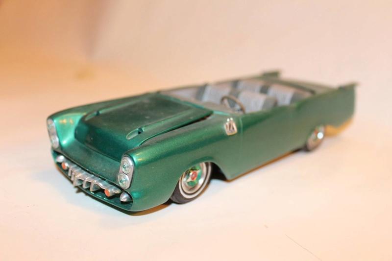 Vintage built automobile model kit survivor - Hot rod et Custom car maquettes montées anciennes - Page 5 12496211