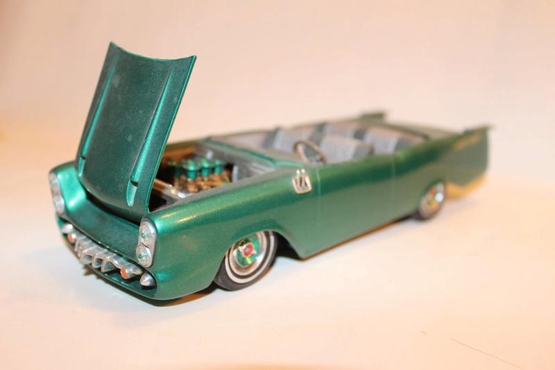 Vintage built automobile model kit survivor - Hot rod et Custom car maquettes montées anciennes - Page 5 12496410