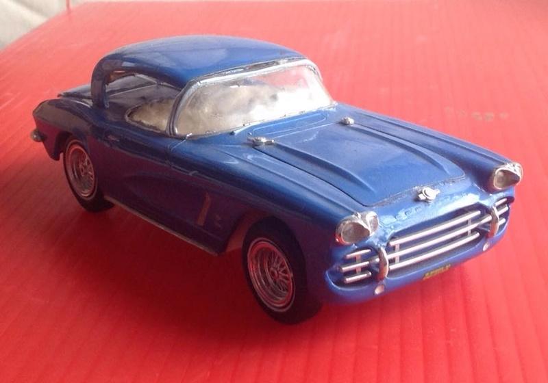 Vintage built automobile model kit survivor - Hot rod et Custom car maquettes montées anciennes - Page 6 12507410