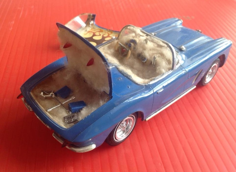 Vintage built automobile model kit survivor - Hot rod et Custom car maquettes montées anciennes - Page 6 12509610